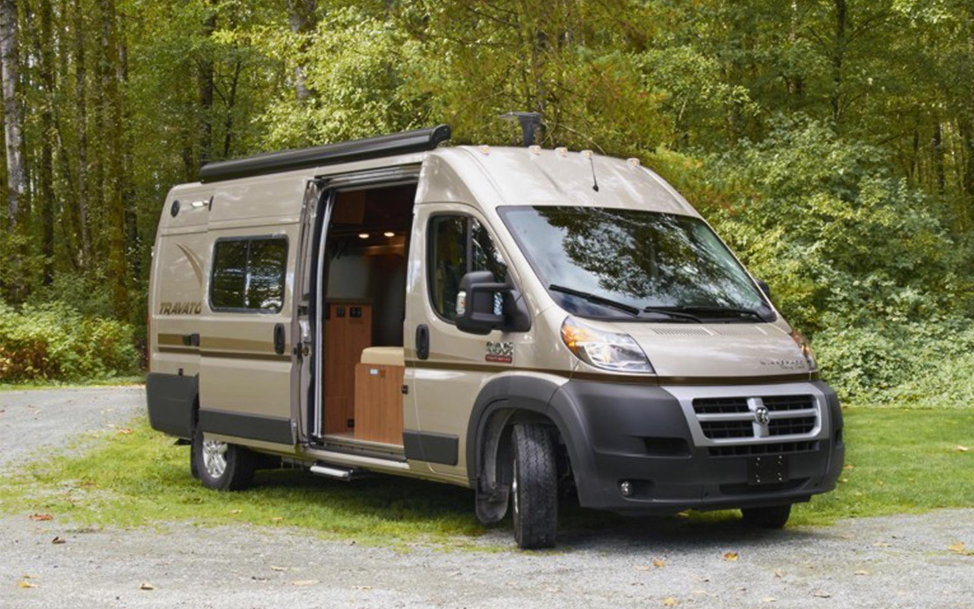 campingbus mit dusche und wc praktischer vergleich von. Black Bedroom Furniture Sets. Home Design Ideas