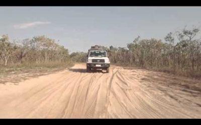 Britz Rentals – 4WD Safari Rooftop